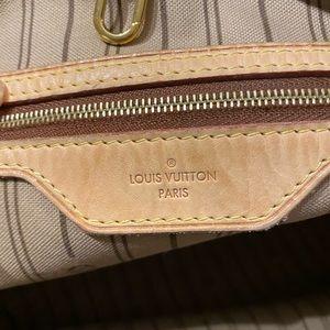 Louis Vuitton Bags - Louis Vuitton Delightful PM